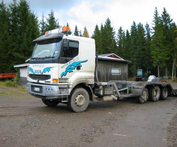 2002 Sisu siirtoauto